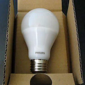 Philips Dimmable LED light bulb