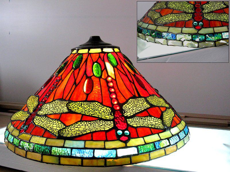 Repairs on a Tiffany lamp reproduction